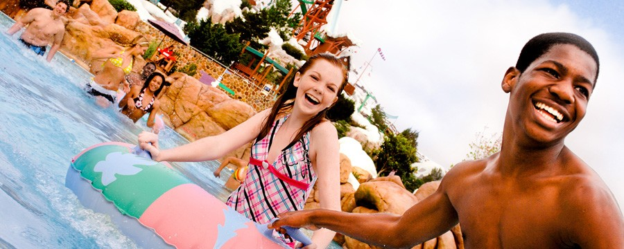 Destination-Blizzard-Beach-00-full