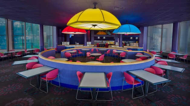 electric-umbrella-restaurant-00