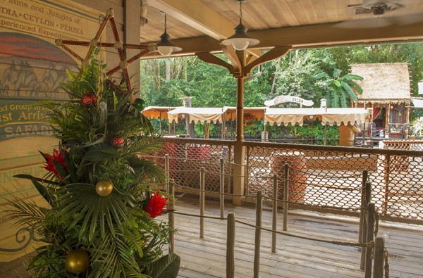 Jingle Cruise decorations
