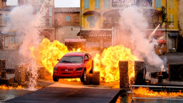 lights-motors-action-extreme-stunt-show-00