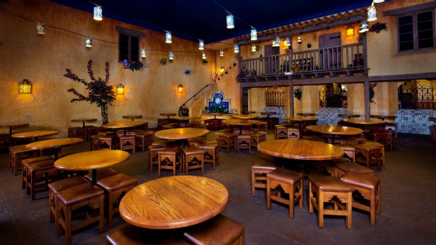 pecos-bill-tall-tale-inn-and-cafe-00