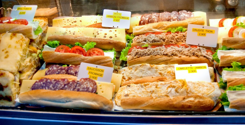 Paris-Street-food-Cheap-Paninis-in-paris-smaller-1024x524
