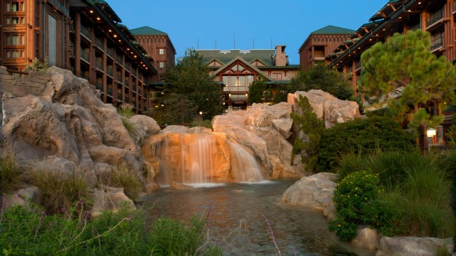 Wilderness lodge rejoins aaa list of 4 diamond hotels for Villas wilderness lodge