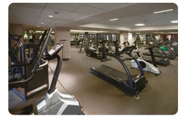 Loes Royal Pacific Hotel Fitness Center