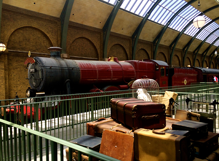 DiagonAlley_FEATURE