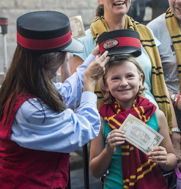 Hogwarts-Express-Millionth-Rider-Celebration-3