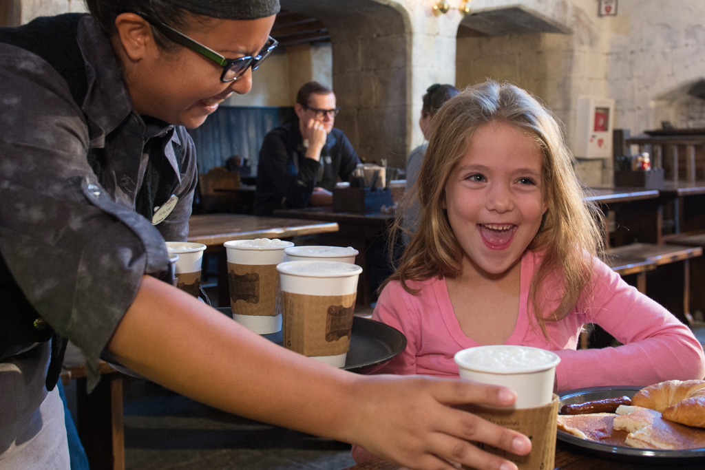 Hot-Butterbeer-Girl