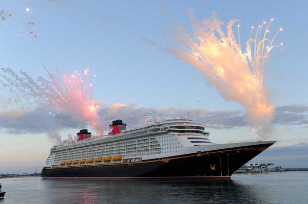dcl-fireworks