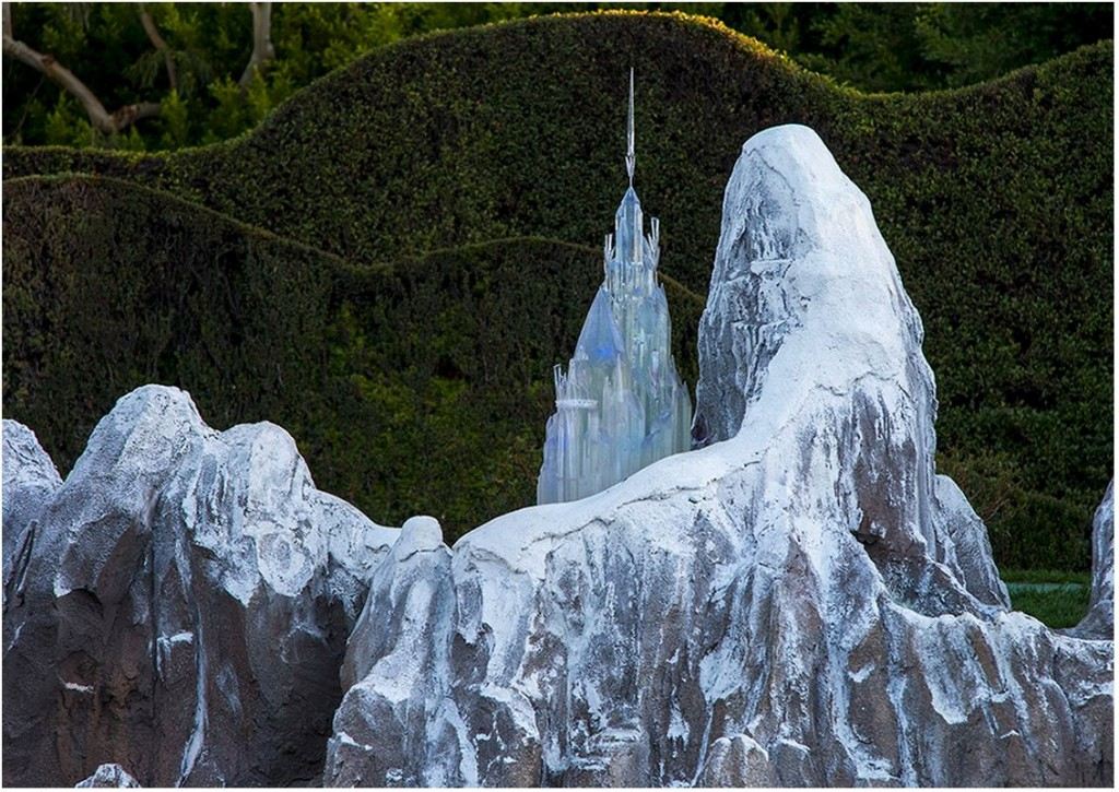 frozen-castle-dlr