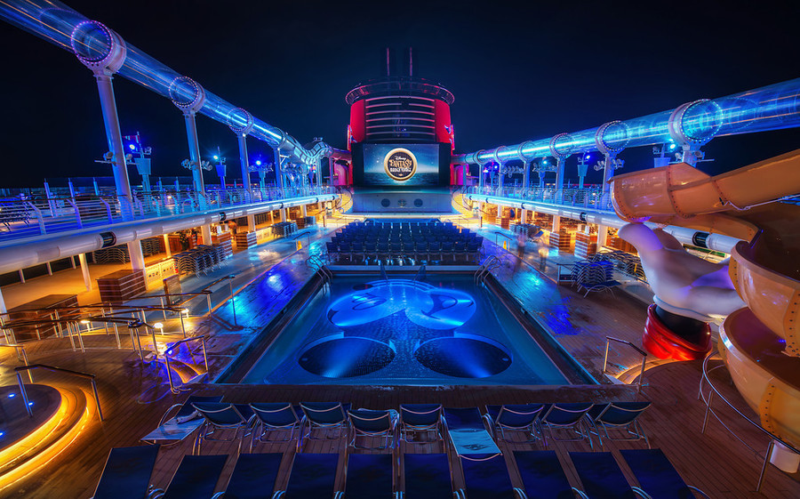 Disney-Fantasy-Cruise-Deck