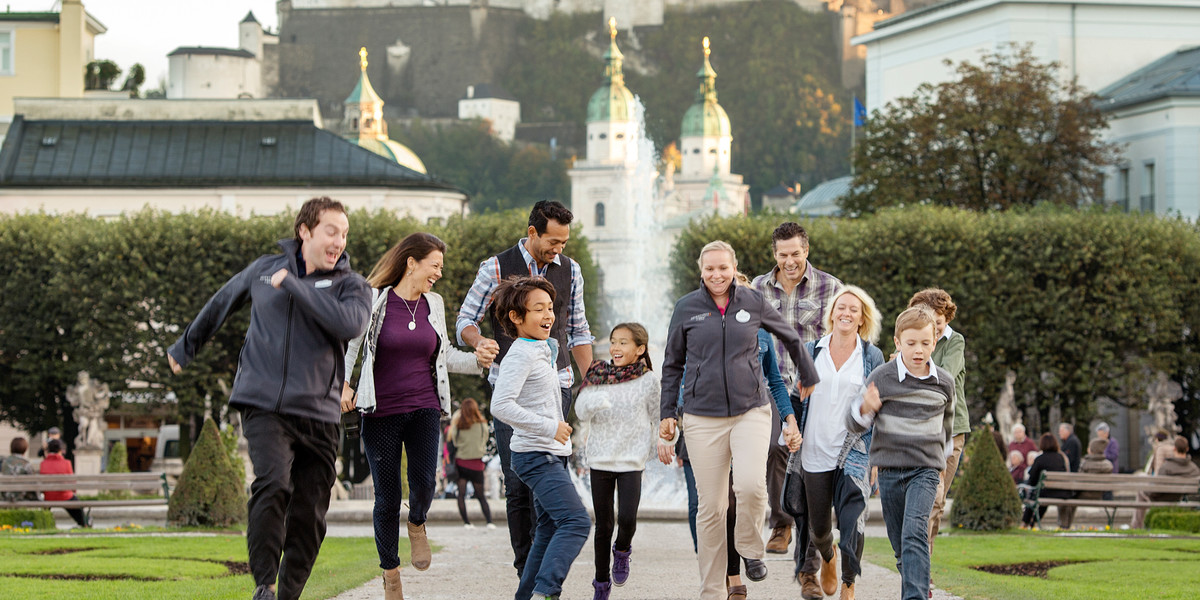 adventures-by-disney-europe-danube-river-cruise-itinerary-hero-08-group-at-fountains