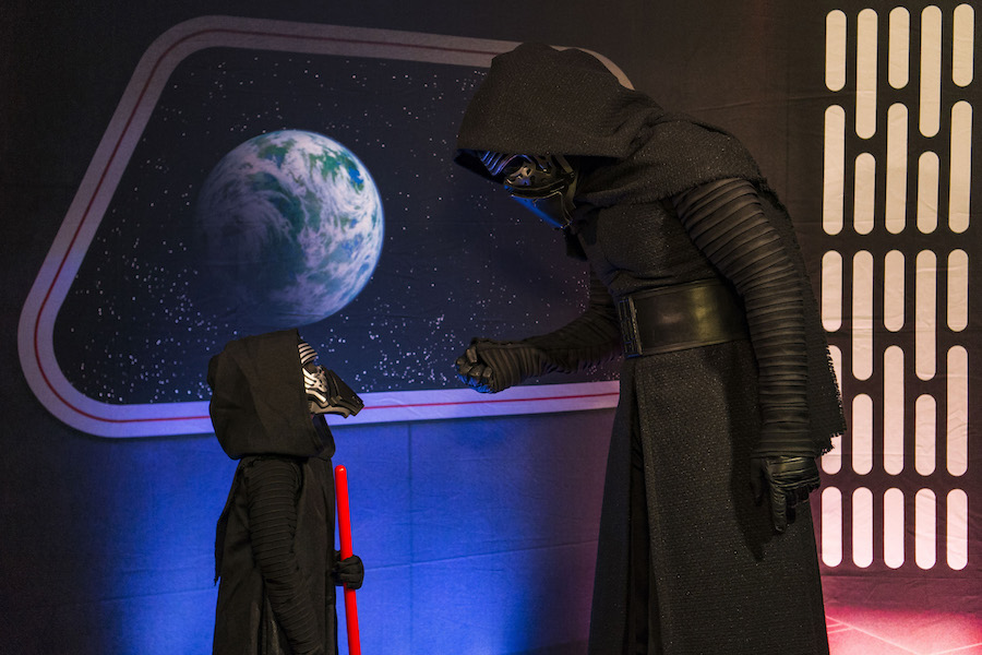 Out-Of-This-Galaxy Experiences Aboard Star Wars Day at Sea