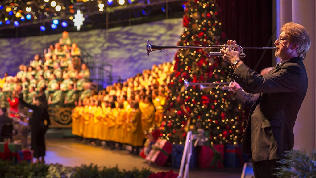 The 'Candlelight Processional' Returns To Epcot