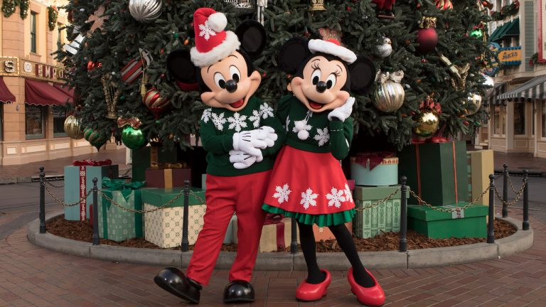 The Holidays Begin Here at the Disneyland Resort